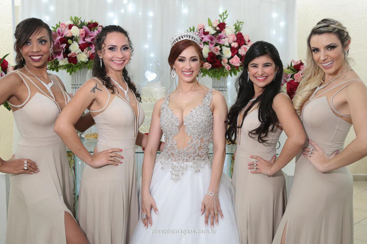 noiva e as amigas, sessão de fotos diva, sessão de fotos com as damas da noiva