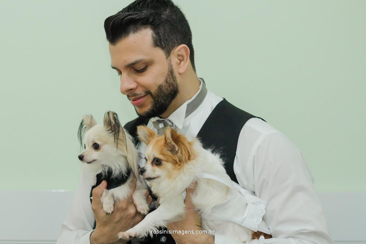 fotografia com os cachorros dos noivos, pets, pet's , bride, noiva, noivo , casamento