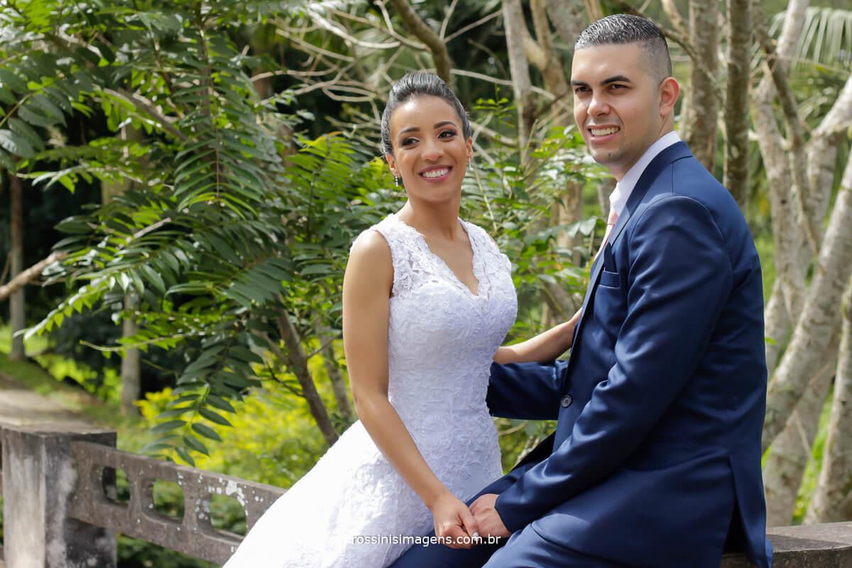 casal de noivos no sitio paraiso espaco 2 fotografia por rossinis imagens