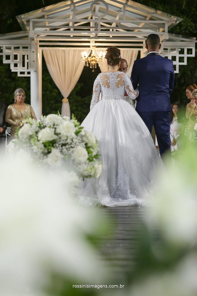fotografia da cerimonia de casamento na chacara torres nathalia e jonathan