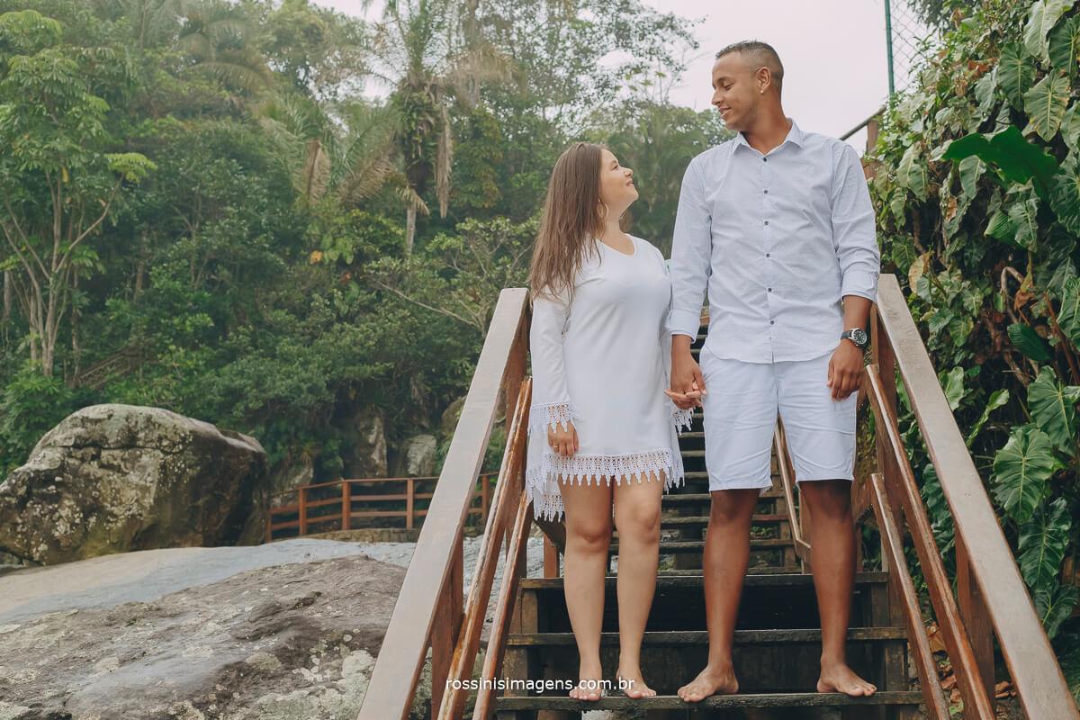 rossinis imagens fazendo ensaio pre casamento na praia