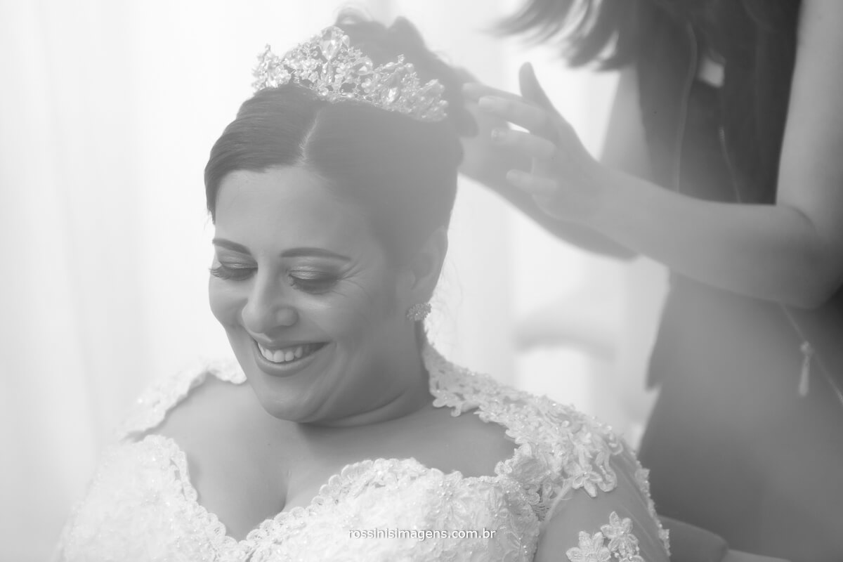 noiva feliz amor e alegria no dia da noiva, o grande dia