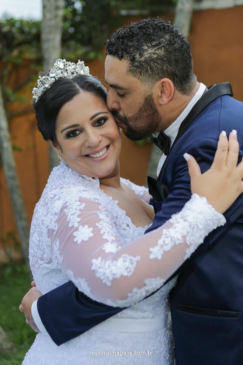 sessão de fotos do casal camila e ramon em casarão baronesa poa