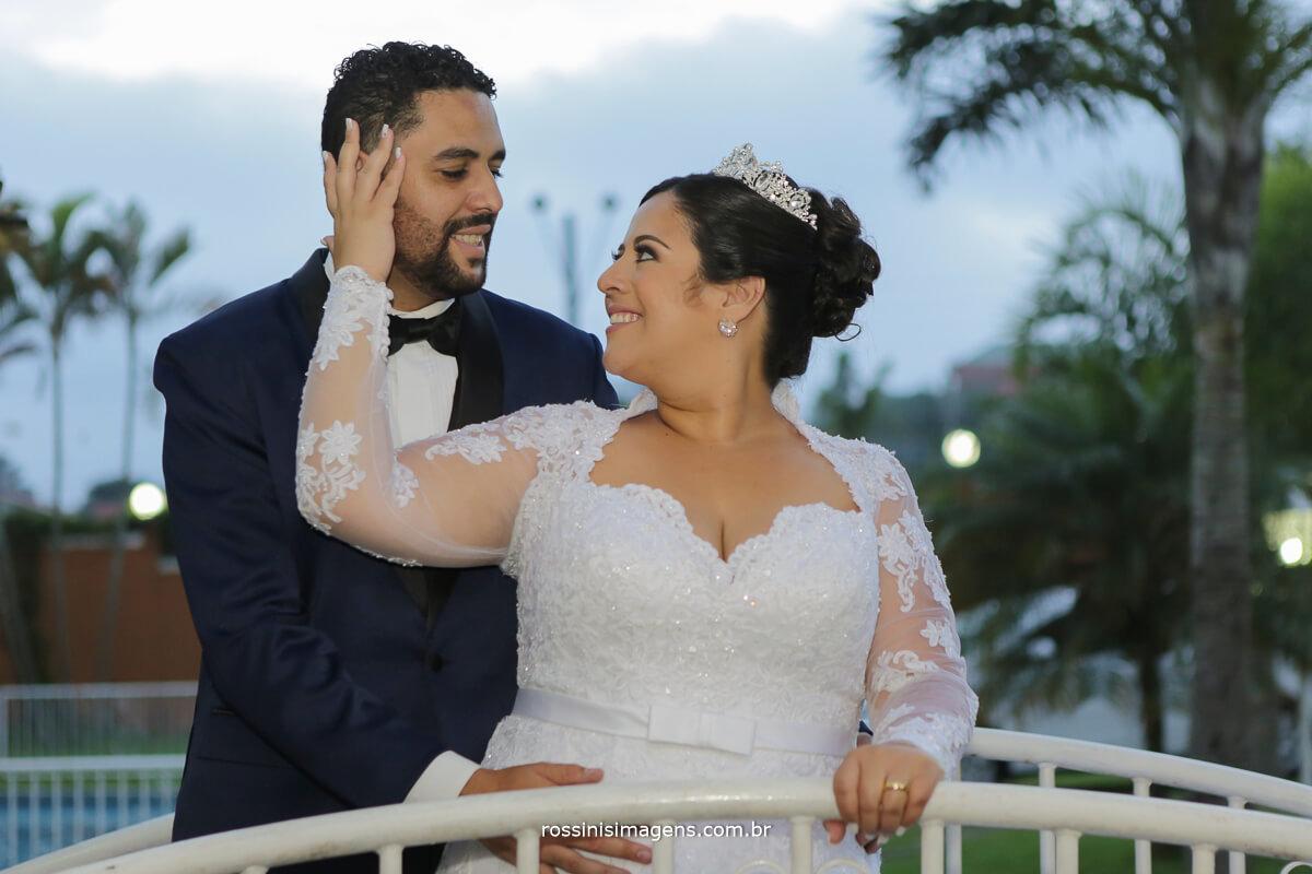 fotografia do casal recém casado, casar em poa-sp camila e ramon