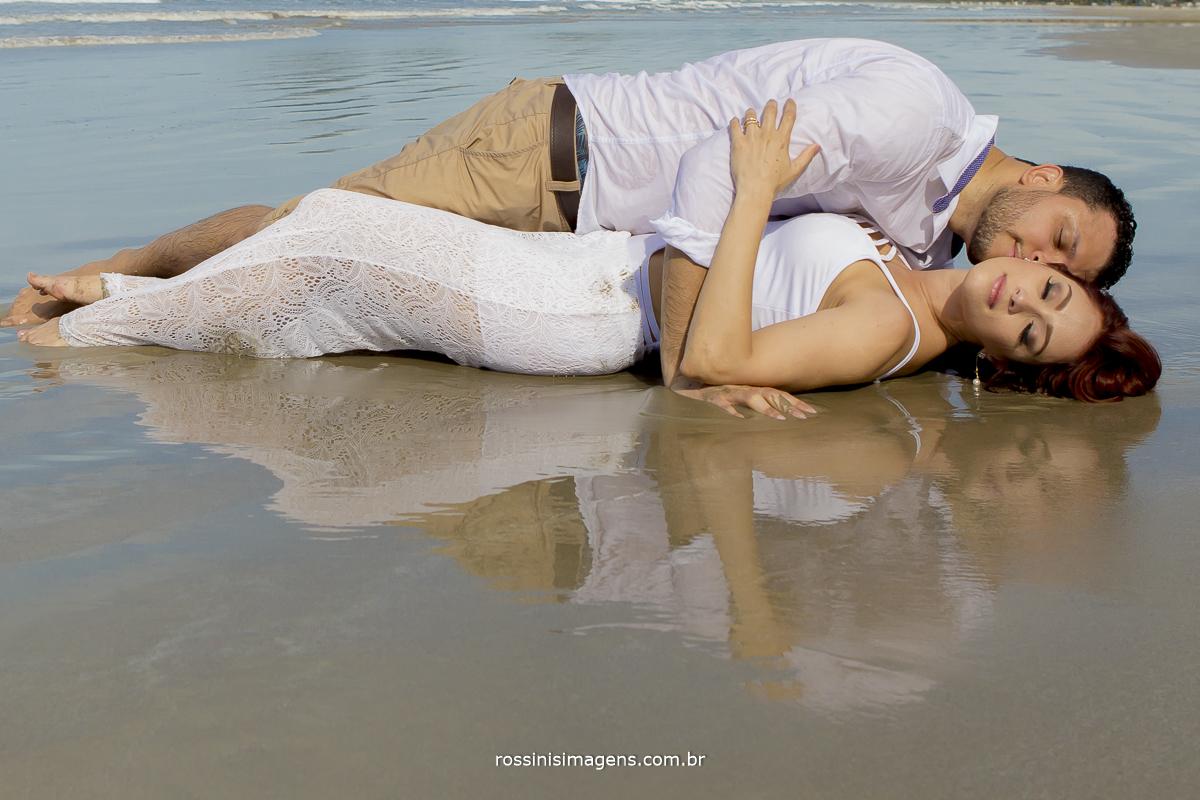 acesse o blog da rossins imagens para ver algumas dicas de ensaio na praia,