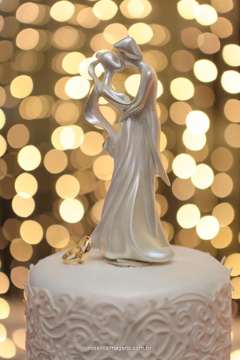 topo de bolo noivinhos, alianças, fotografia de casamento em poa-sp, rossinis imagens