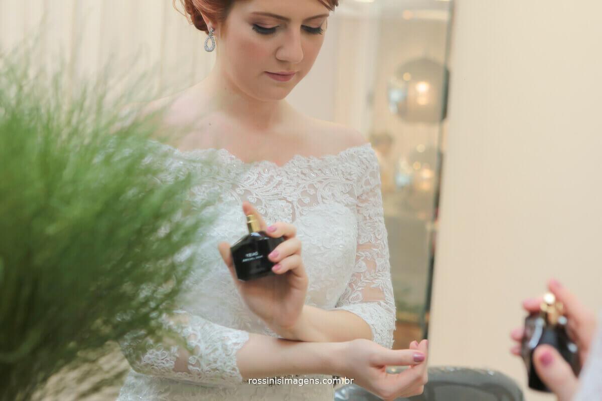 noiva passando perfuma, rossinis imagens fotografia e vidoe casamento mogi das cruzes
