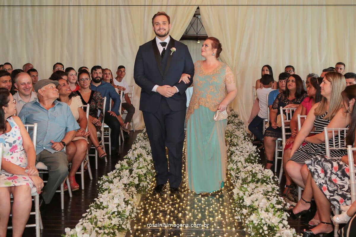 entrada do noivo, tapete paris, casa da arvore e rossinis imagens fotografo de casamento mogi