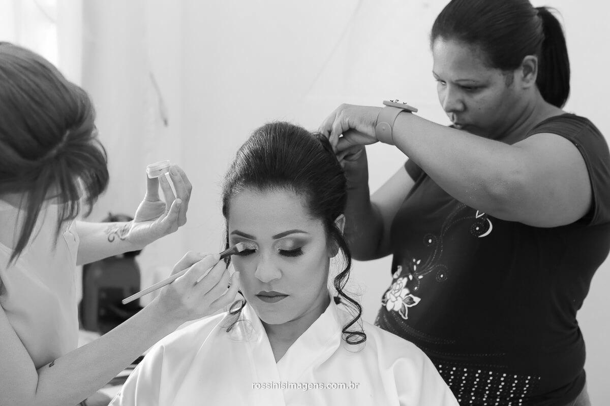 making of dia da noiva em mogi, arrumando o cabelo da noiva, penteado de noiva