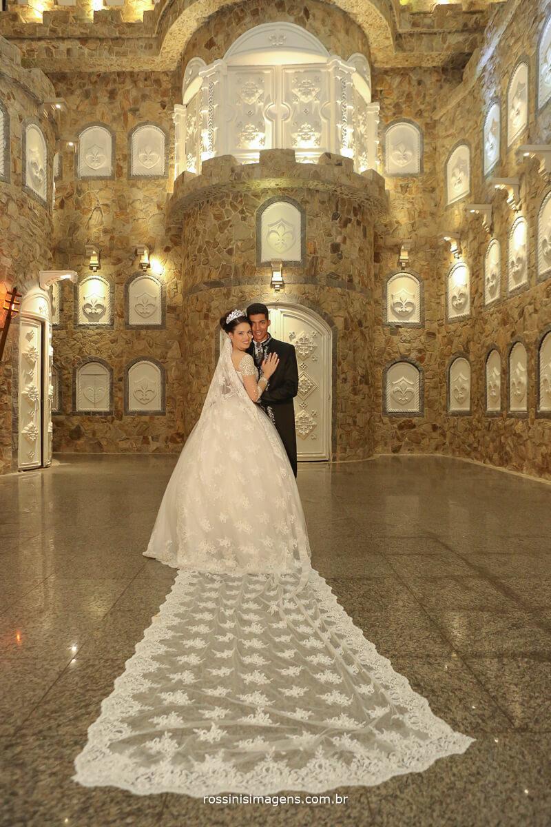 noivos no castelo, fotografia de casamento em castelo, wedding in the castle