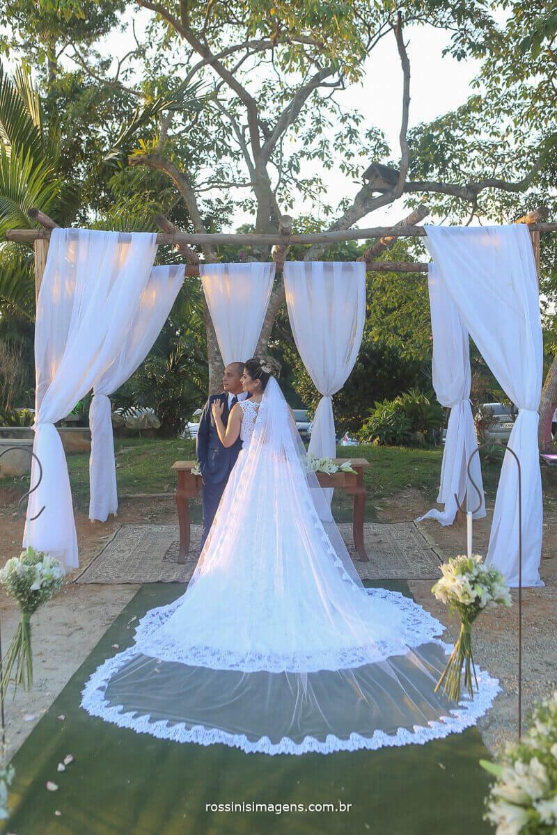 sessão de fotos do casal apaixonado recem casados, namorando