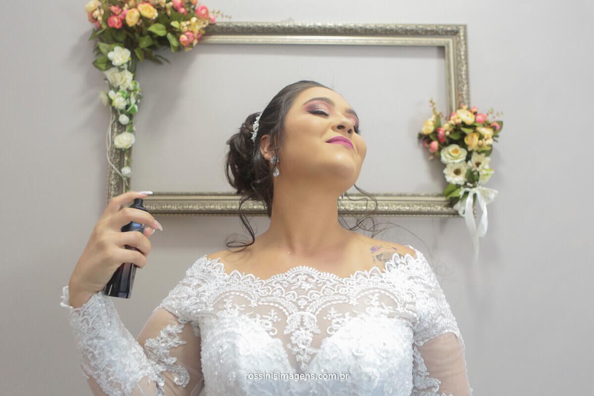 noiva plena, linda, passando perfume, mansão das noivas gisele grenza oficial suzano