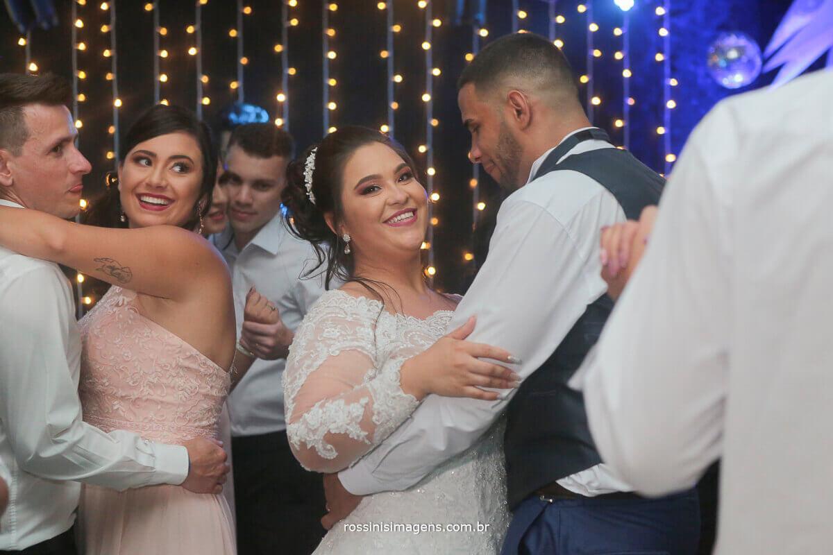 pista de dança bombando, dança dos noivos