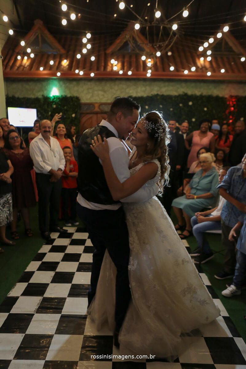 dança dos noivos, balada, abertura da balada