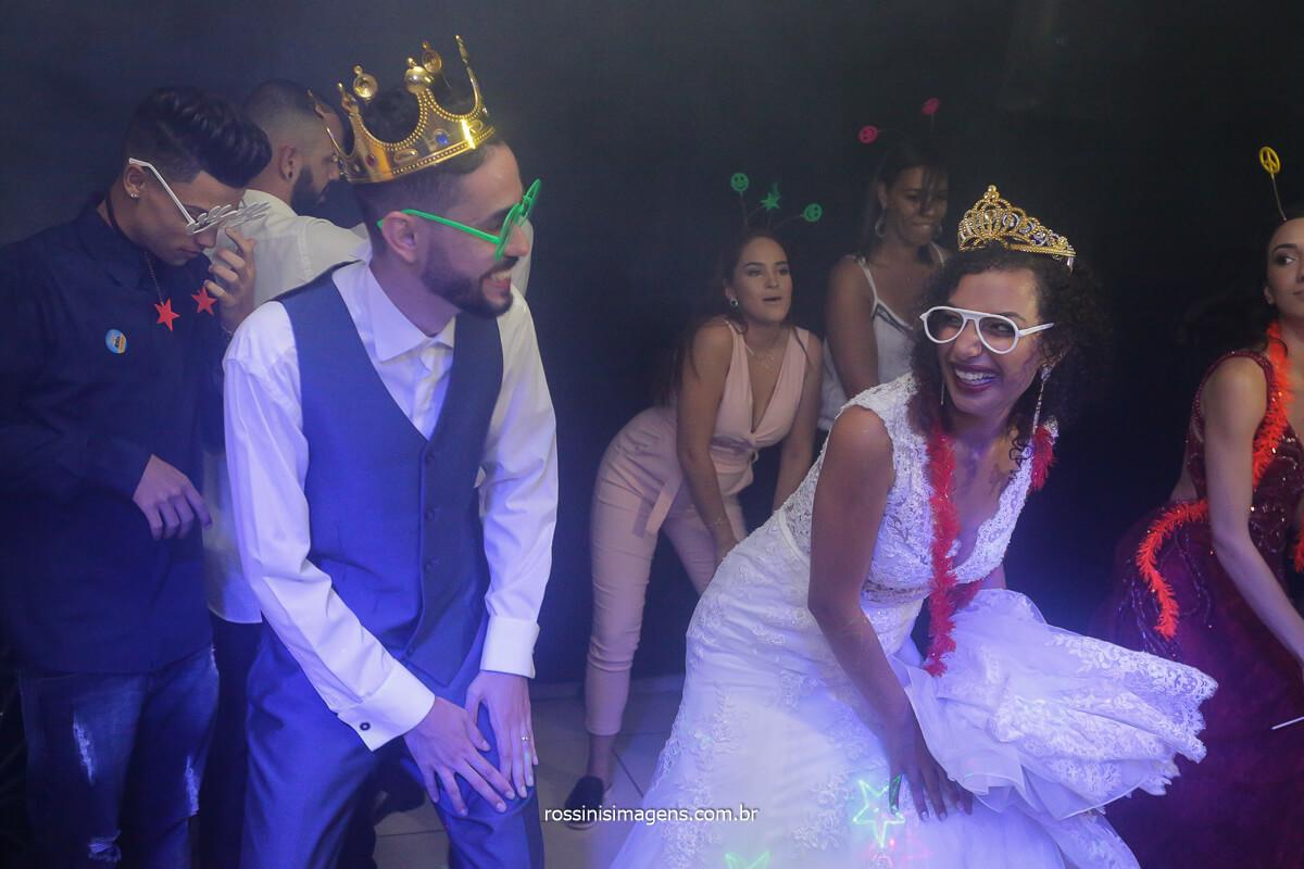 casal na balada dançando fotografia de rossinis imagens