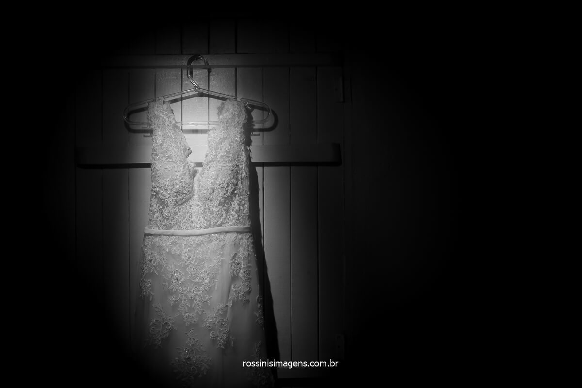 vestido da noiva, dia da noiva making of dani cabelo e cia jardin nova poa, fotografia por rossinis imagens