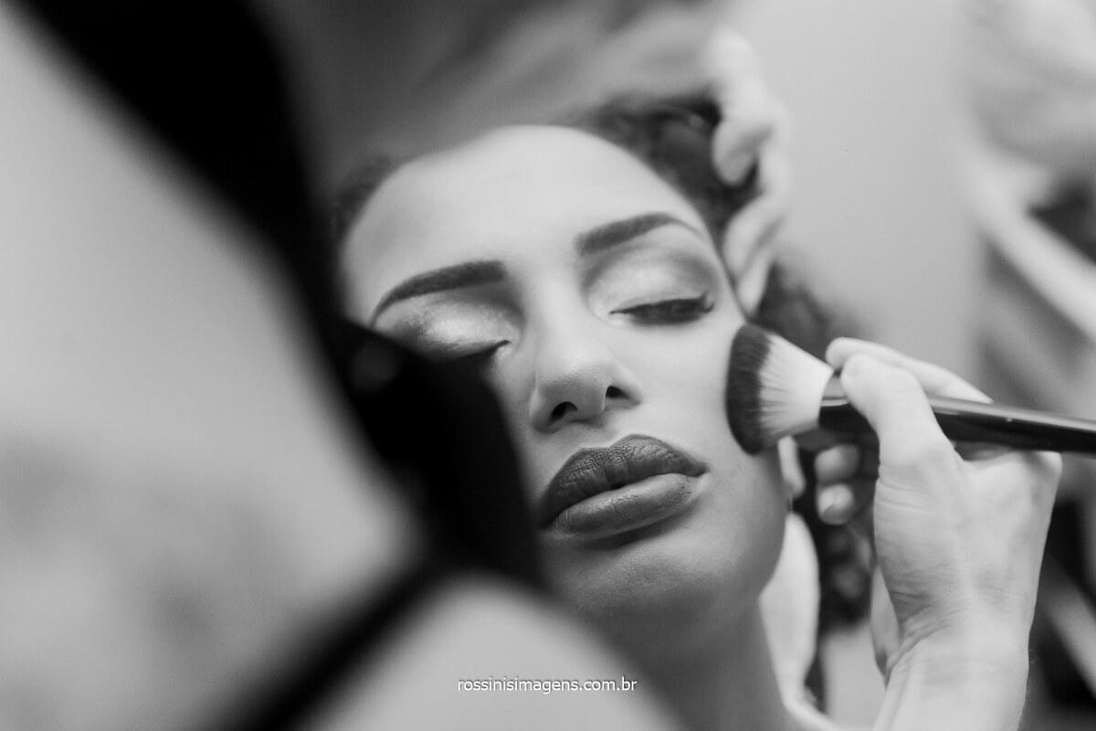 making of dia da noiva, patricia aos cuidados da Dani cabeleireira e maquiadora