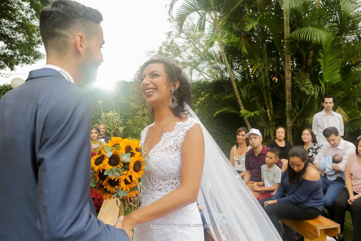 amor ao olhar o noivo no altar