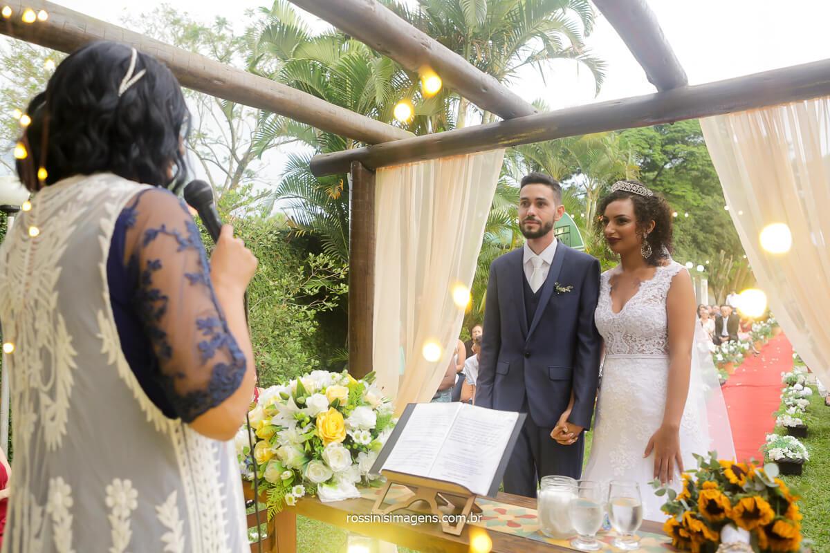 celebrante do casamento de patricia e danilo cris salomão