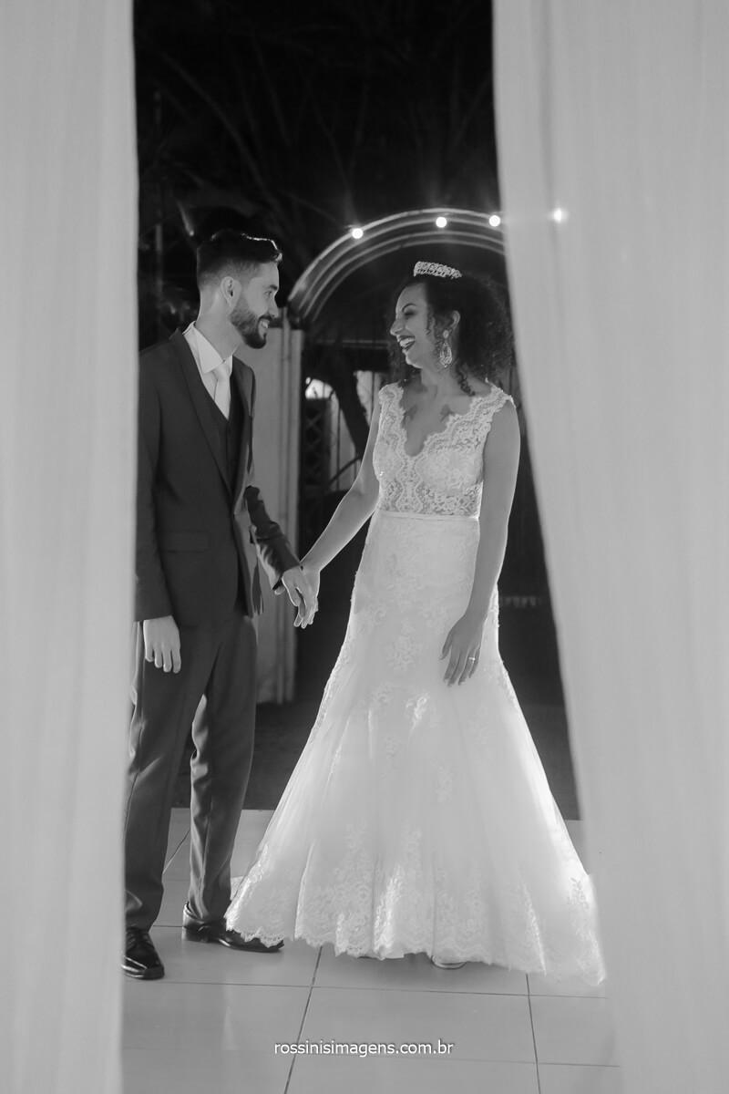 entrada dos noivos na recepção dos convidados fotografia rossinis imagens