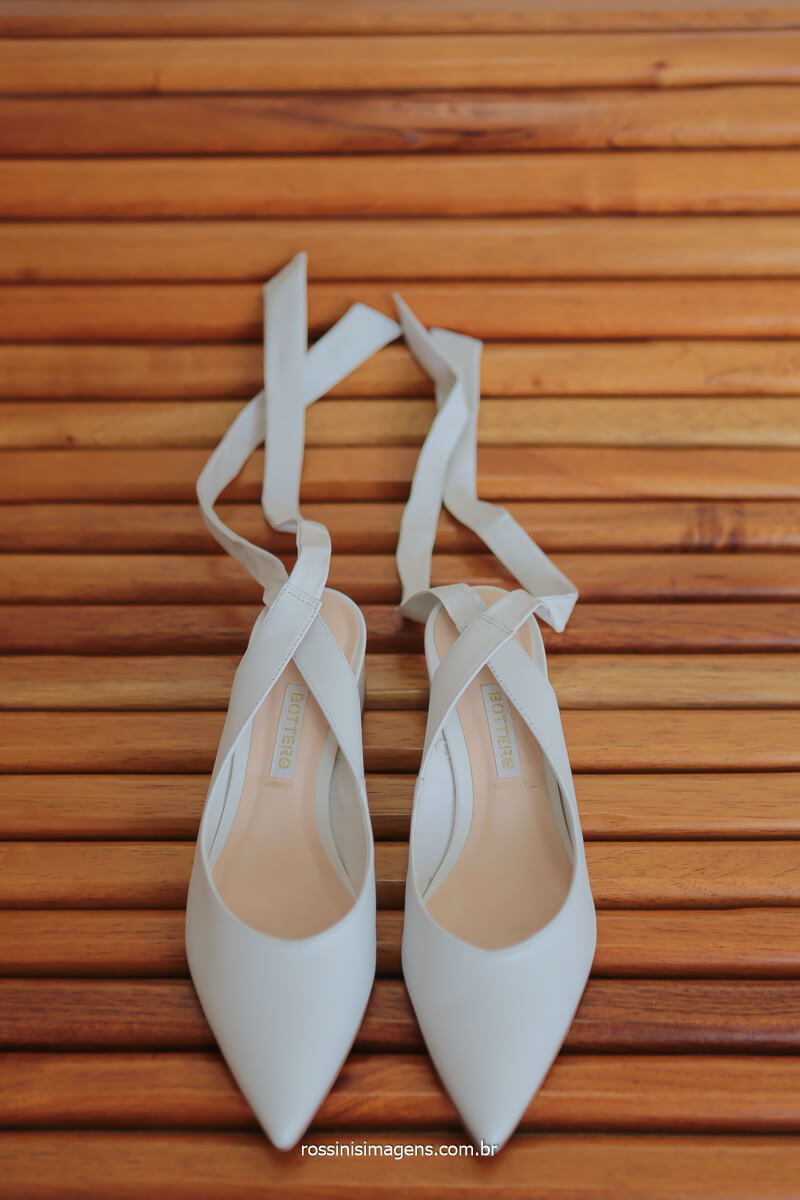 sapato para noiva, detalhes de casamento, calçado de noiva