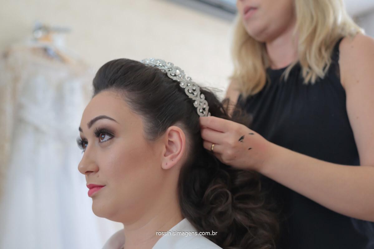 dia da noiva no salão Marina Camargo em mogi das cruzes, penteado de noiva