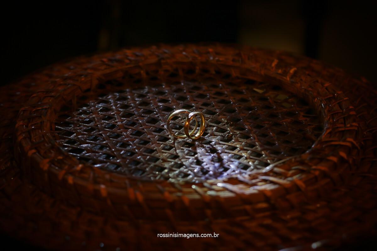 Alianças do casamento em mogi, Josy e Daniel, Ring Alianças de casamento em mogi, fotografia de casamento em mogi Rossinis imagens