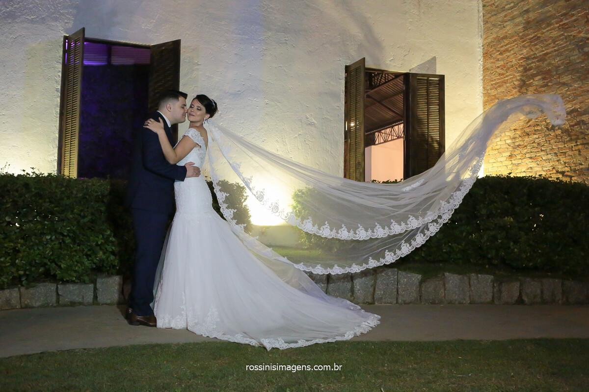 sonho de noiva é a realização do dia mais incrível são as fotografias que ficara para a vida toda, @RossinisImagens