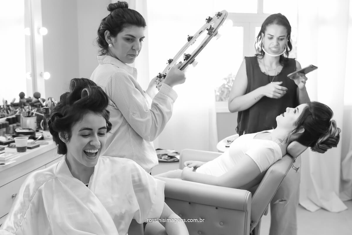 dia da noiva, noiva no salão de beleza com as madrinhas, @RossinisImagens