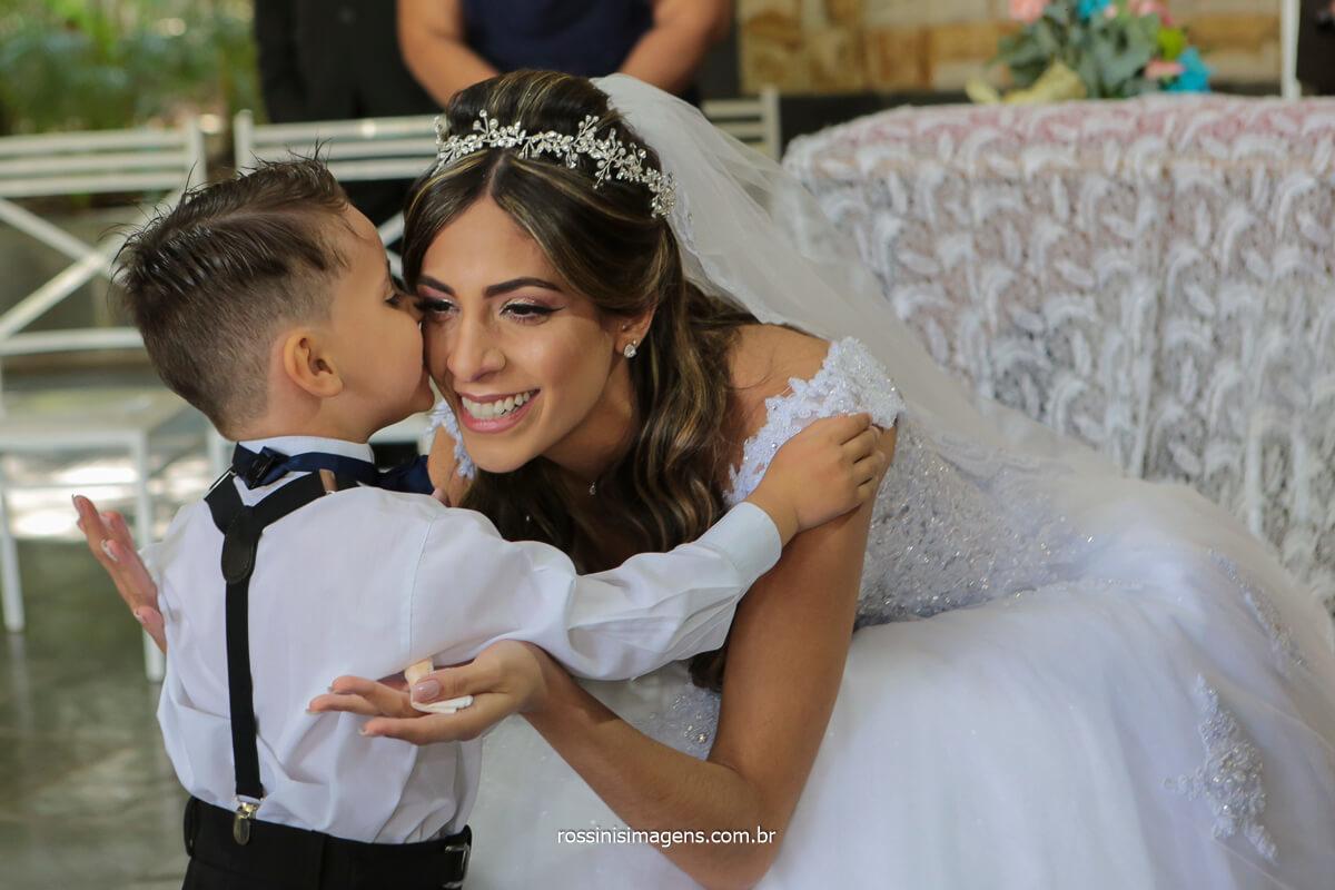 o beijo do pajem na noiva, @RossinisImagens