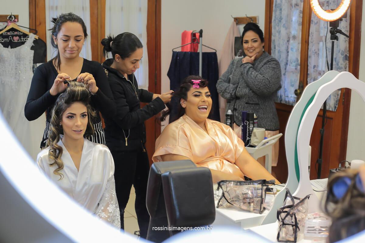 sala da noiva no espaço balboa Mairiporã sp, dia da noiva Patricia com a make up Michele castro e a hair stylist dayane, @RossinisImagens