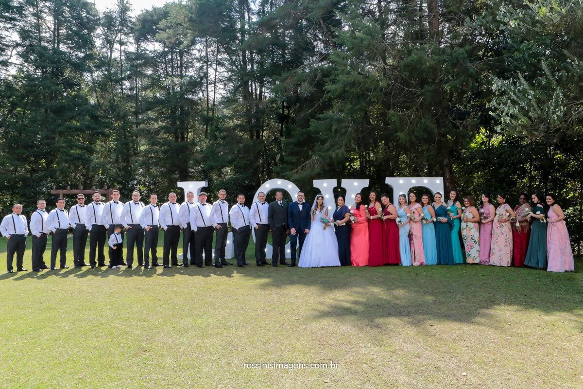 fotografia coletiva dos noivos com os padrinhos e madrinhas, @RossinisImagens