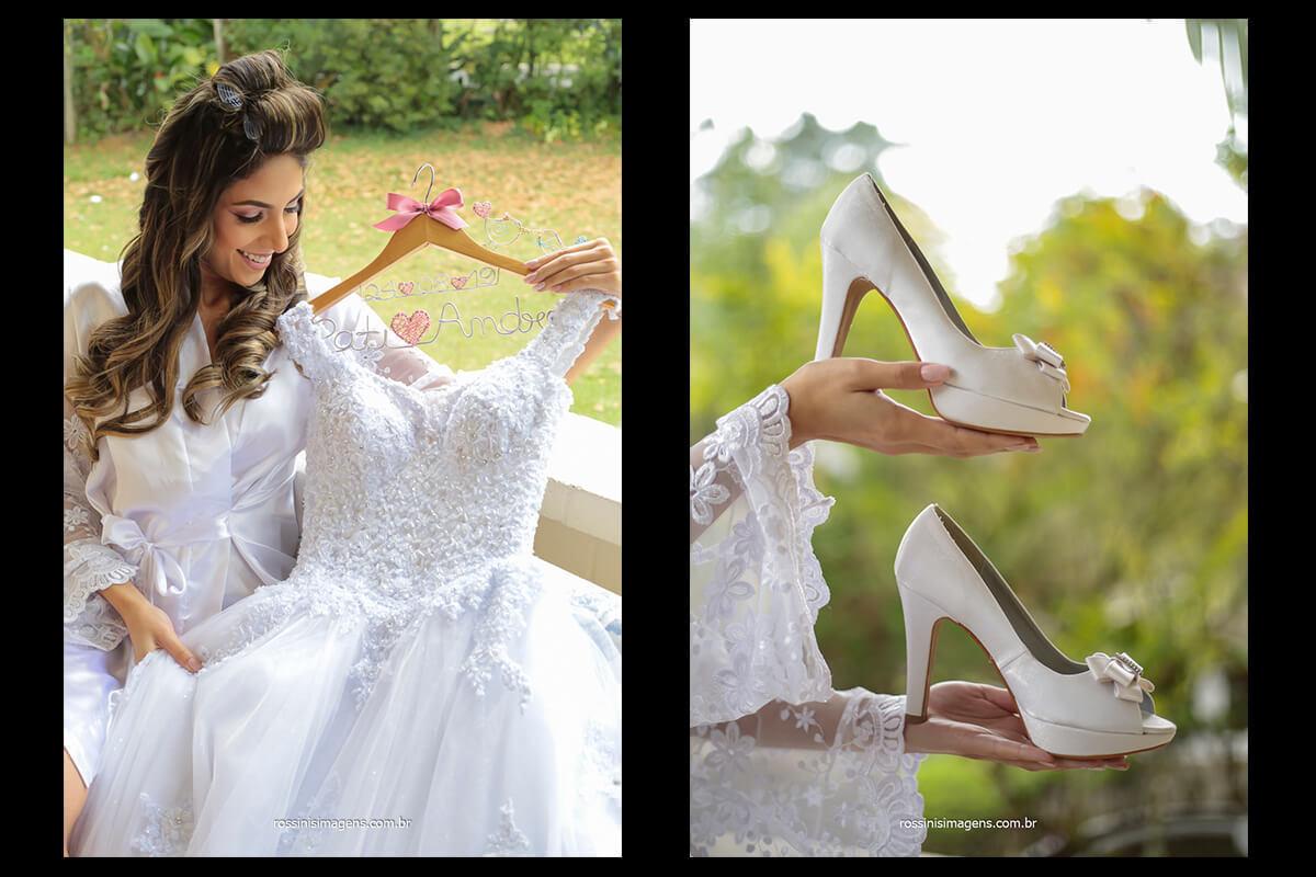 duas fotografias 1º noiva com vestido olhando os detalhes, @RossinisImagens e 2 ª noiva segurando o sapato que ira usar no casamento, @RossinisImagens