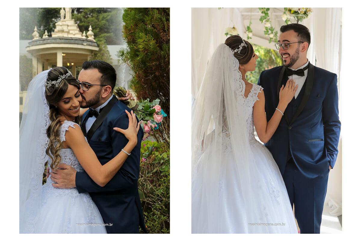 sessão de fotos dos noivos na frente do lago com o chafariz ligado, @RossinisImagens