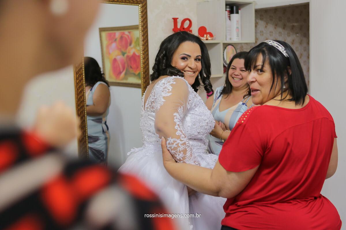 surpresa do filho no making of dia da noiva reação da mãe ao ver seu filho no dia do casamento!, @RossinisImagens