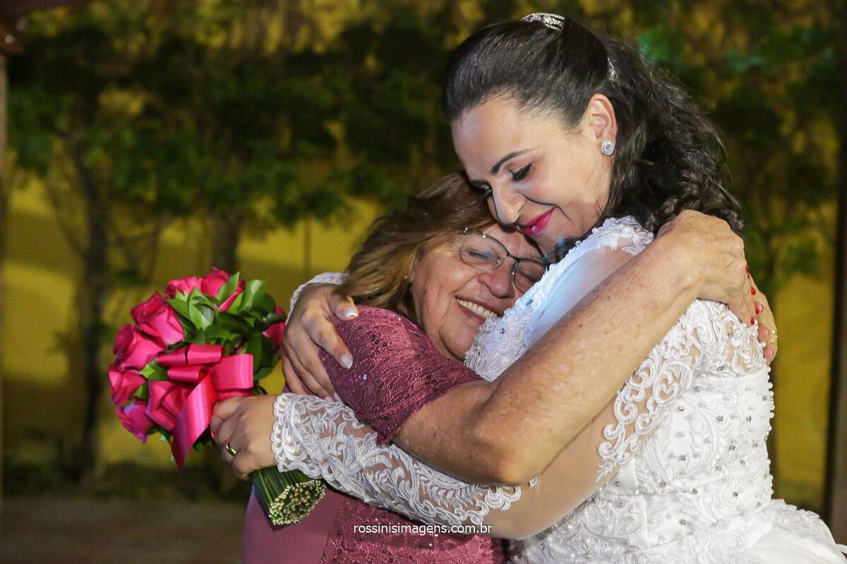 fotografia noiva com a vó Zefinha, @RossinisImagens