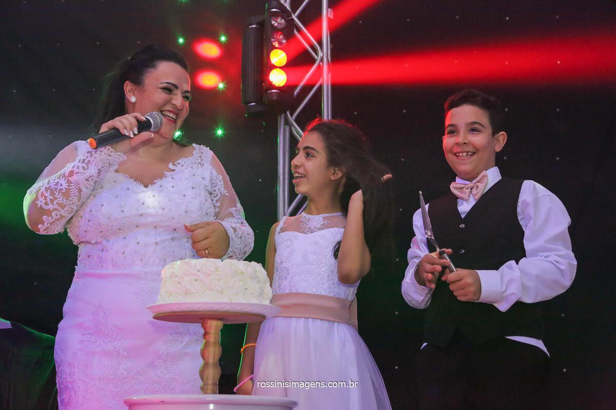 parabéns para os filhos do casal, Daniela e Sandro, @RossinisImagens homenagem dos pais para os filhos