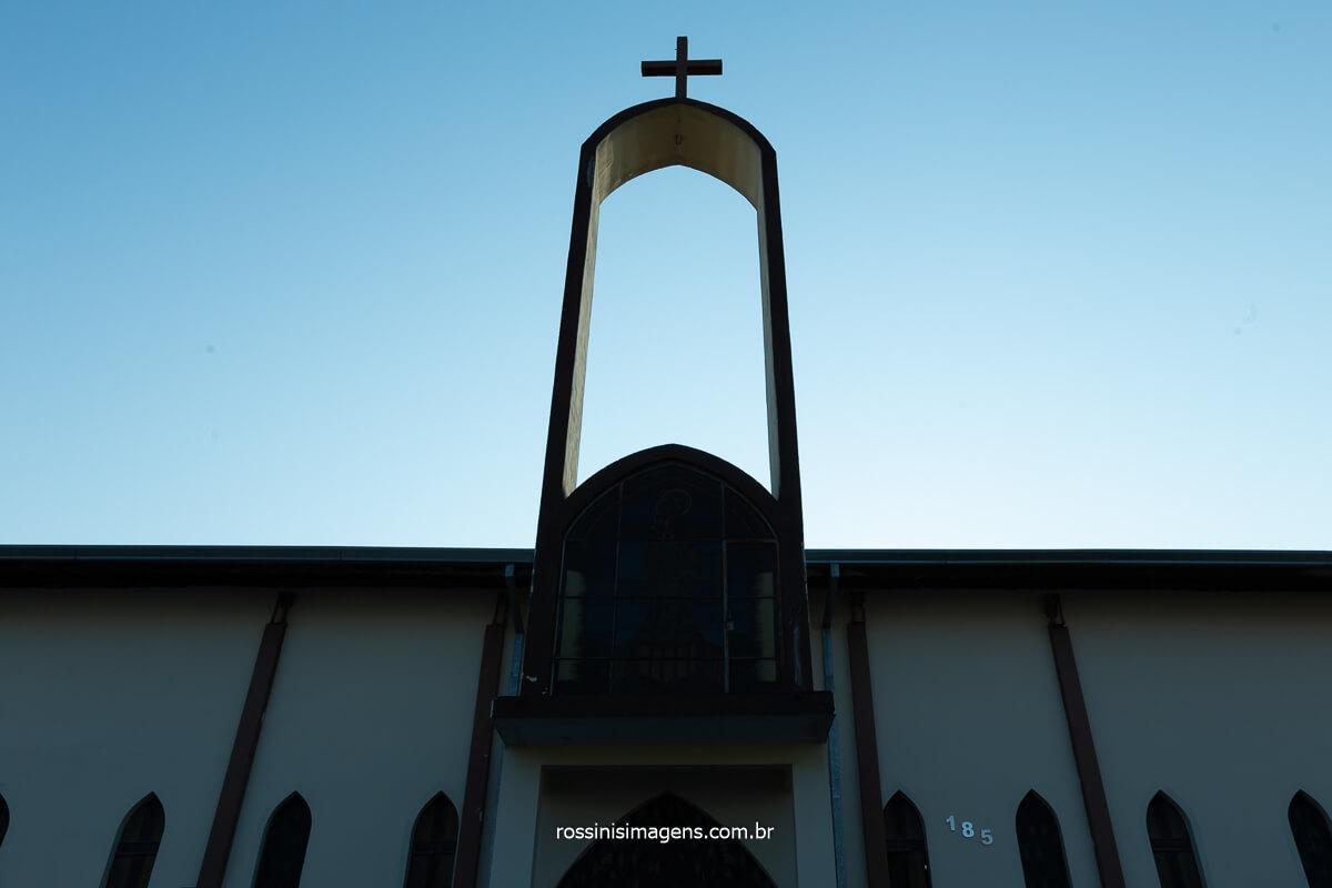 igreja catolica na vila varela em poá - sp, Paroquia São José, End.: Rua Portugal, 174 - Poá, São Paulo-SP, @RossinisImagens