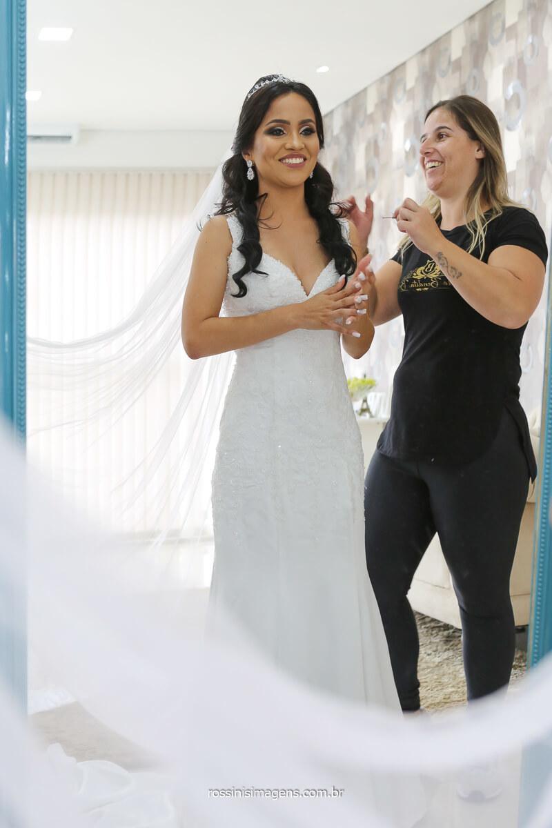 colocando o véu, dia da noiva, making of, studio bendita beleza em suzano