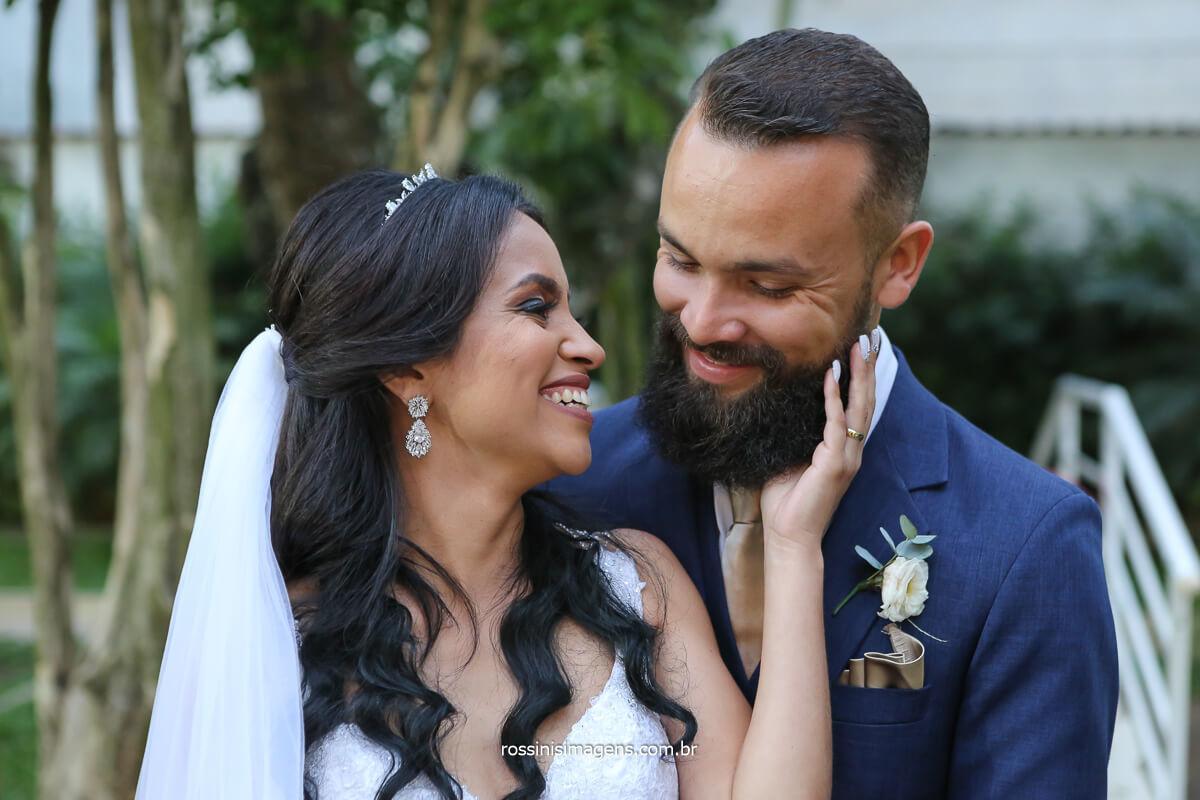 fotos do ensaio do casal, fotos de dia ao ar livre, @RossinisImagens
