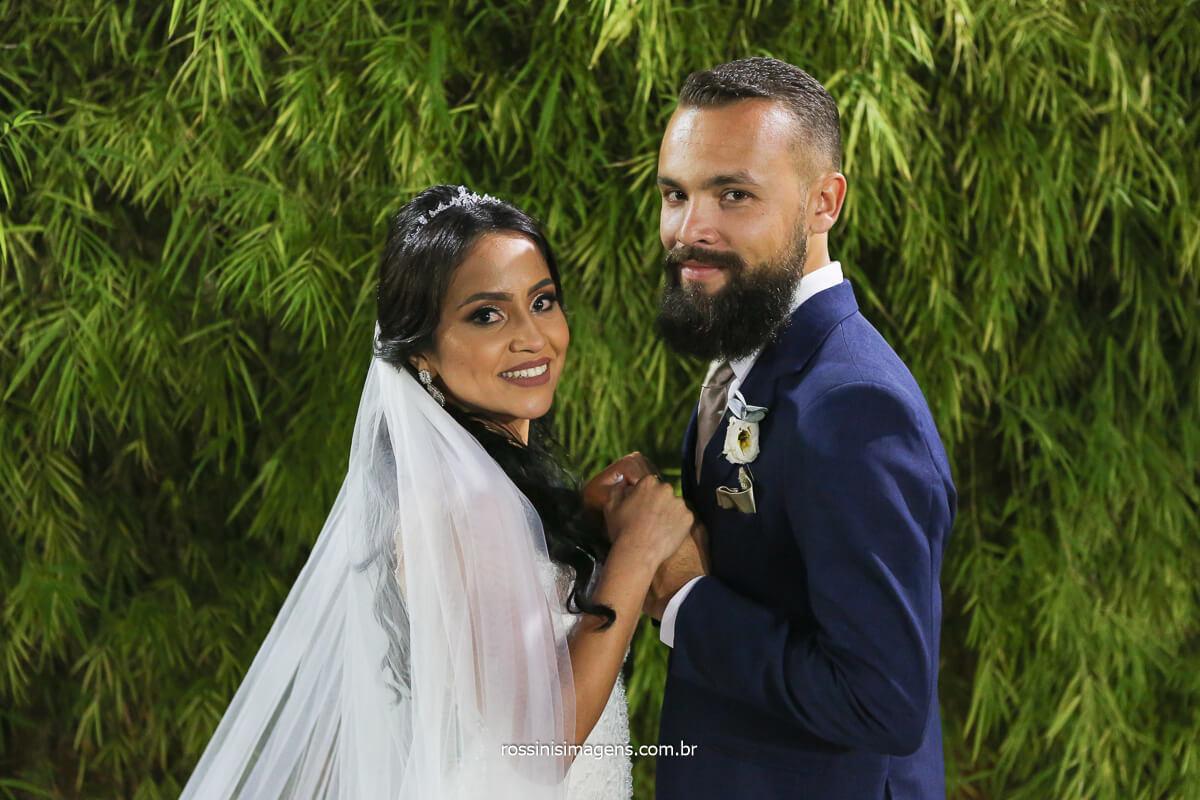 sessão de fotos do casal, casamento Elaine e Rafael cerimonial de dia ao ar livre recepção e festa a de noite, @RossinisImagens