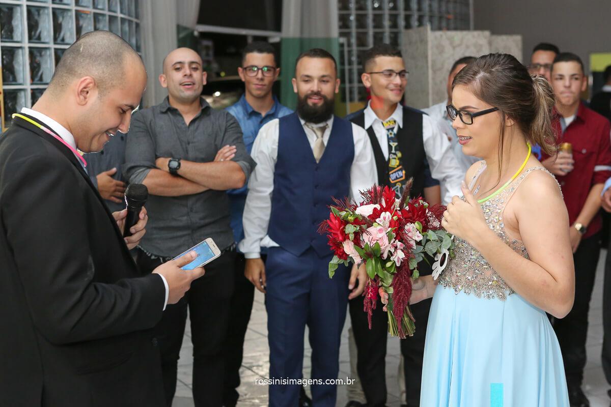fotografia de casamento buquê com pedido de casamento, pedido de casamento na hora do buquê, @RossinisImagens