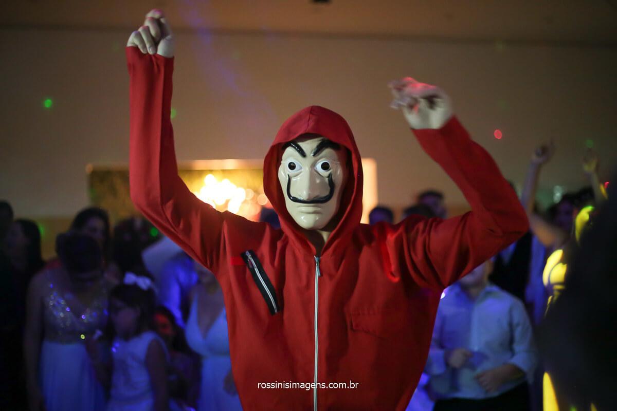 entretenimento dançarino figuração la casa de papel, balada, pista de dança, @RossinisImagens