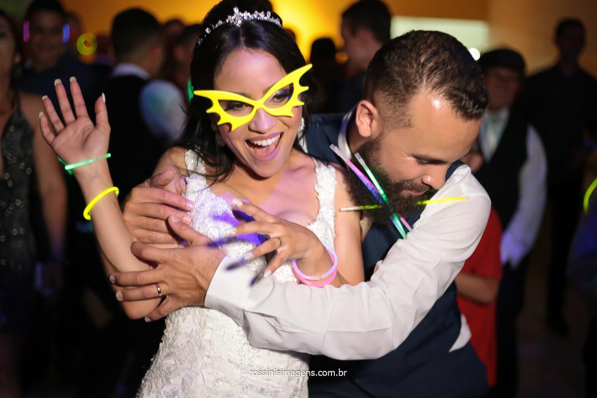 fotografia de casamento balada de noite noivos dançando, @RossinisImagens