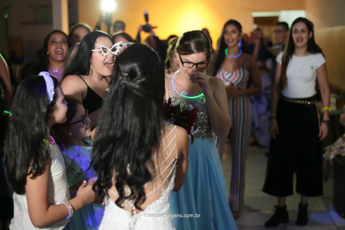pedido de casamento com o buquê da noiva no casamento da Elaine e Rafael, @RossinisImagens
