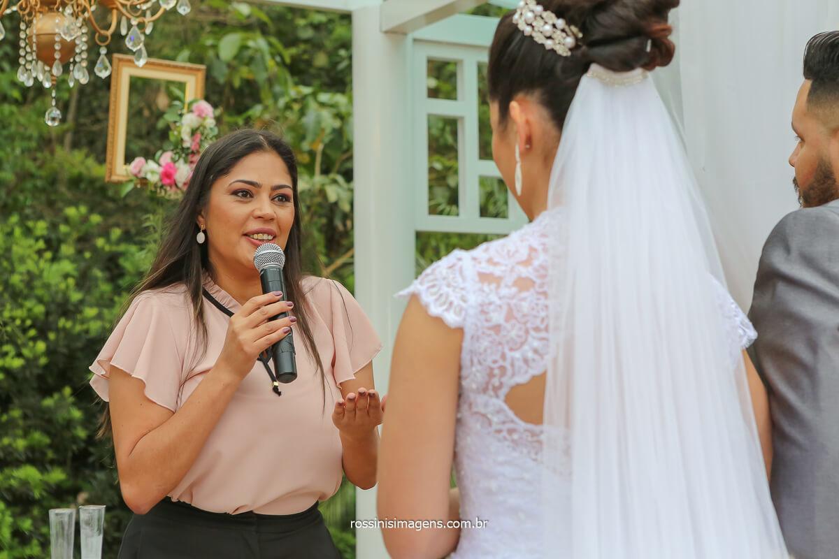 casamento celebrado por Débora Limah assessoria de casamento incrível cerimonia
