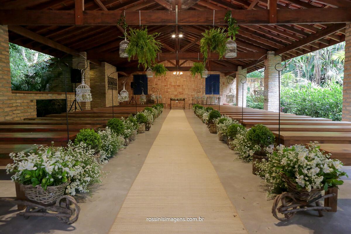 fotografia do espaço vista verde em ribeirão pires, espaço da cerimonia coberta, @RossinisImagens