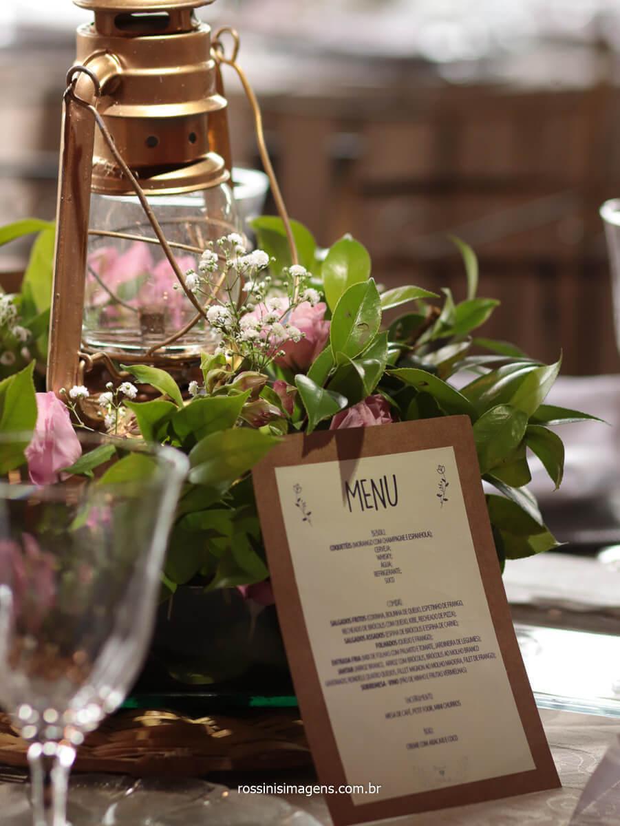 fotografia da decoração das mesas com o menu, @RossinisImagens