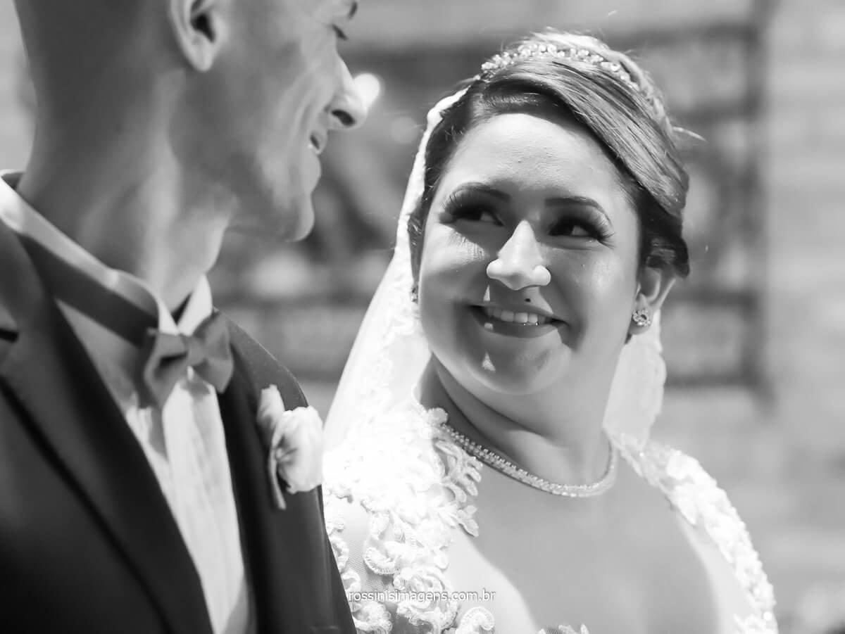 quando a noiva olha pra voce e diz com o olhar minha melhor escolha, parte de mim que faltava, @RossinisImagens