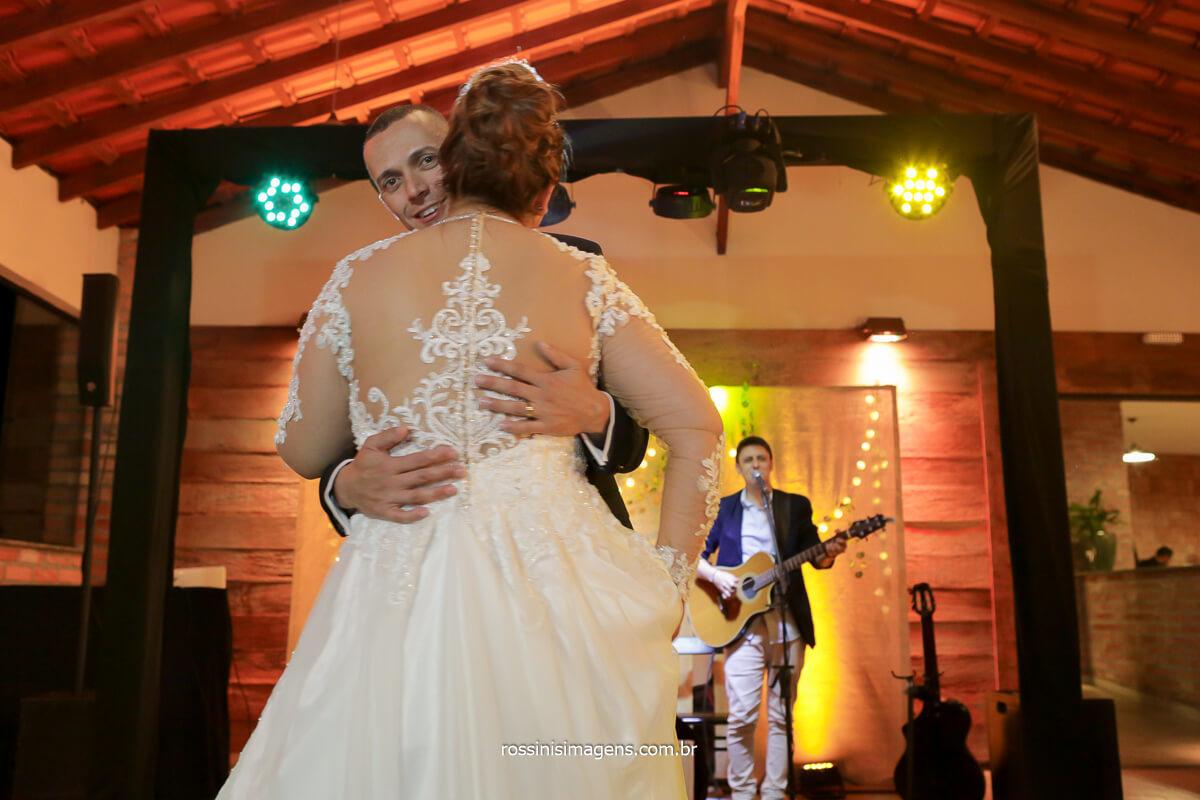 fotografia da dança dos noivos, abertura da pista de dança, @RossinisImagens